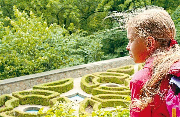 Image visite-chateau-enfant Classe de découverte Côté Découvertes